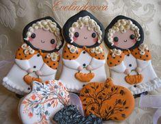 biscotti di halloween Evelindecora biscotti in pasta sucrè decorati con ghiaccia reale e dipinti a mano libera con coloranti alimentari in g...