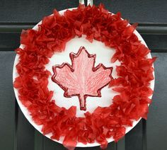 June art For Canada day. The kids will have a blast making their very own patriotic decorations for Canada Day this year. Poppy Craft For Kids, Easy Crafts For Kids, Summer Crafts, Toddler Crafts, Holiday Crafts, Art For Kids, Craft Kids, Summer Fun, Daycare Crafts