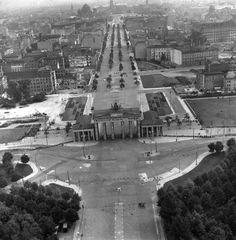 Berlin | Geteilte Stadt. Brandenburger Tor am Pariser Platz
