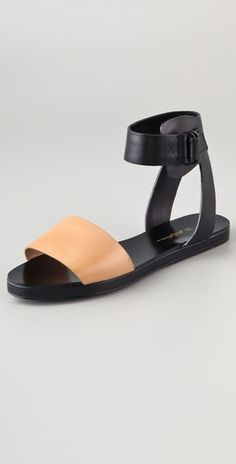 Obsessed with these - perfect for city & beach / Domina Flat Sandals  // by 3.1 Phillip Lim