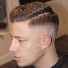 Best Fade Haircuts For Men 2019 - Fades for Guys Medium Fade Haircut, Temp Fade Haircut, Fade Haircut Styles, Best Fade Haircuts, Popular Mens Haircuts, Hipster Haircuts For Men, Hipster Hairstyles, Hairstyles Haircuts, Short Hair Styles