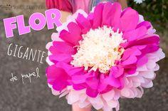 Las flores de papel gigantes quedan geniales para decorar paredes de fiestas, como fondo para photocall, ¡o por qué no para envolver un regalo! Hoy os enseñaremos a hacer una flor de papel gigante preciosa ¡y muy fácil! ¡Os soprenderéis!...