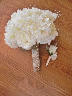 Ivory Rose and Hydrangea Bridal Bouquet and matching boutonniere included - STUNNING - lace, jute, pearls and florals on Etsy, $99.00