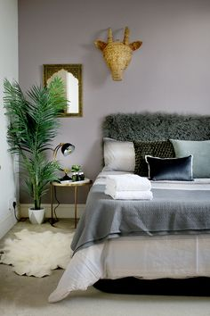 Bedroom Ideas Fabulous tips and inspirations for a nice cozy home decor bedroom cozy Bedroom Decor idea number posted on 20181201 Bedroom Decor On A Budget, Simple Bedroom Decor, Home Decor Bedroom, Bedroom Decor For Couples Cozy, Spare Bedroom Ideas, Bedroom Furniture, Furniture Nyc, Furniture Outlet, Furniture Companies