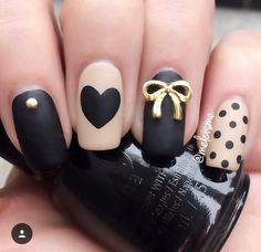 30 Easy Bow Nail Art Designs for Outing - isishweshwe Bow Nail Designs, Girls Nail Designs, Nail Designs Pictures, Nails Design, Little Girl Nails, Girls Nails, Fancy Nails, Trendy Nails, Black And Nude Nails