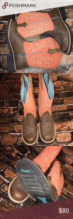 Ariat FatBaby Boots - Excellent Condition! These boots are in excellent condition. They were worn a couple of times, they are NOT brand new. As you can see, they are still new looking. Super comfortable! Ariat Shoes