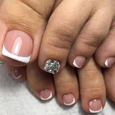 30 Summer - Pedicure Ideas - French nails Source by teemadkins French Nails, Gel French, Toe Nail Designs, Nails Design, French Pedicure Designs, Toe Nail Art, Manicure And Pedicure, Pedicure Ideas, Beauty Nails