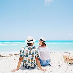 Take your travel buddy to Hyatt Zilara Cancun.