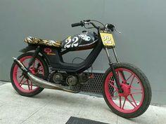 Derbi Variant America Mopeds, Garage, Motorcycle, Vehicles, Carport Garage, Garages, Motorcycles, Car, Motorbikes