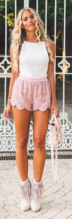 Janni Deler Pink Lace Shorts #Fashionistas