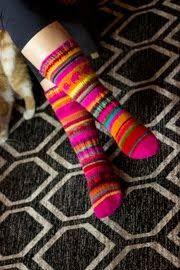 khadin lankalabyrintti: Neulootikon kranssi lankakeristä Socks, Sock, Stockings, Ankle Socks, Hosiery