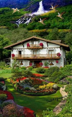 18 more Pins for your Places to Visit board - Messages Beautiful Nature Pictures, Nature Images, Amazing Nature, Beautiful Landscapes, Beautiful Places To Travel, Beautiful World, Beautiful Gardens, Beautiful Homes, Famous Places