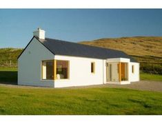 Hillside Cottage - design by award winning practice Cox Power Architects, Westport, Co. Mayo Contact us on 098 26180 Cottage House Designs, Cottage Design, Cottage House Plans, Cottage Porch, Irish Cottage, Modern Cottage, Modern Farmhouse, Style At Home, Bungalow Haus Design