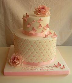 Torta rose e farfalle