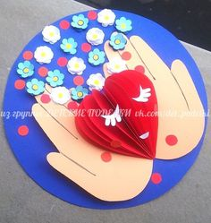 47 Ideas Birthday Crafts For Kids For Mom Valentines Day Mothers Day Crafts For Kids, Paper Crafts For Kids, Mothers Day Cards, Preschool Crafts, Diy Mother's Day Crafts, Mother's Day Diy, Valentines For Mom, Valentine Day Crafts, Valentine's Day Greeting Cards
