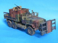 Modelarstwo z pasją Army Surplus Vehicles, Military Vehicles, Plastic Model Kits, Plastic Models, Apocalypse Character, Tank Armor, Model Tanks, Farm Toys, Military Modelling