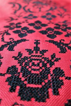 Just Haft: czerwona sukienka z haftem krzyżykowym, cross stitch embroidered red dress