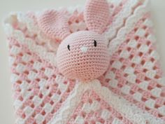 Life with Mari: Virkattu unipupu vauvalle ♥ OHJE Cheap Basement Ideas, Joanna Gaines Style, Knit Crochet, Crochet Hats, Baby Models, 3d Wallpaper, Baby Knitting Patterns, Weaving, Crafts