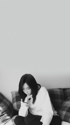 Check out Girls Generation @ Iomoio Girls' Generation Taeyeon, Girls Generation, Seohyun, Snsd, Taeyeon Wallpapers, Taeyeon Jessica, Kim Tae Yeon, Korean Star, Korean Celebrities