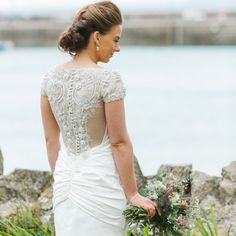 This stunning wedding set in beautiful Cornwall is totally gorgeous, with the most amazing views