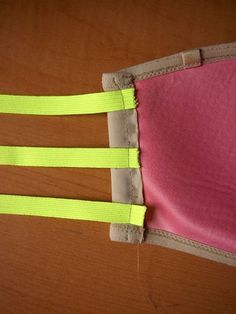 how to make your own strapless bra! would be cute for low back or backless dresses Sewing Hacks, Sewing Crafts, Sewing Projects, Projects To Try, Diy Clothing, Sewing Clothes, Diy Strapless Bra, Backless Dresses, Couture