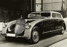 1932 Maybach DS8 Zeppelin - Promotional Photo Poster Volkswagen 181, Volkswagen Phaeton, Fiat 500, Vintage Cars, Antique Cars, Mercedes Benz Maybach, Maybach Car, Automobile, Daimler Benz