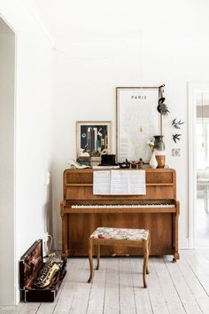 Piano decoration ideas