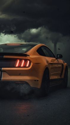The Ford Mustang GT is an American car manufactured by Ford. In the generation Ford Mustang is a thoroughly modern rear drive performance coupe. Ford Mustang Shelby, Ford Shelby Gt 500, Mustang Gt 350, Mustang Cars, Shelby Gt500, Ford Gt, Car Iphone Wallpaper, Sports Car Wallpaper, Hd Wallpaper