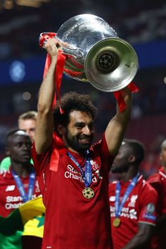 A day to remember for Egypt and Egyptian King Mo Salah Liverpool Premier League, Liverpool Players, Fc Liverpool, Liverpool Football Club, Cristiano Ronaldo Juventus, Messi And Ronaldo, Mohamed Salah Liverpool, Egyptian Kings, Mo Salah
