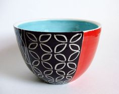Medium Bowl in Moxy Pattern in Teal