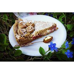 #leivojakoristele #mitäikinäleivotkin #täytekakku Kiitos @ starbox.fi