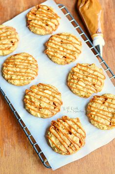 Dulce de Leche Apple Caramel Oatmeal Cookies | from willcookforsmiles.com | #cookies #applecaramel #oatmealcookies