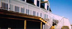 Deck railing, porch railings, stair railings, Railing Dynamics, aluminum deck railings, vinyl deck railings   FenceTown