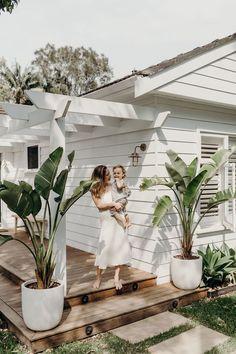 Indoor Outdoor, Outdoor Areas, Outdoor Rooms, Outdoor Living, Beach Cottage Style, Beach Cottage Decor, Coastal Cottage, Beach House, Front Deck