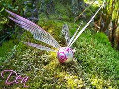 Diese kleinen, magischen Wesen gelten den alten Legenden nach als Schutzgeister und Glücksboten.    Die Elfenschwärmlinge können als   • niedliche ...