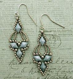 Linda's Crafty Inspirations: Free Beading Pattern - Arabella Earrings