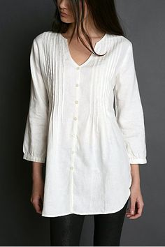 by August Fifteenth Linen Tunic - Photo Mode Style, Style Me, Look Fashion, Womens Fashion, Gothic Fashion, White Tunic Tops, Quoi Porter, Linen Tunic, Refashion