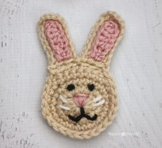 Repeat Crafter Me: R is for Rabbit: Crochet Rabbit Applique (free crochet pattern) Crochet Rabbit, Crochet Bebe, Easter Crochet, Crochet Motif, Crochet Designs, Crochet Flowers, Crochet Patterns, Crochet Appliques, Easy Crochet Projects