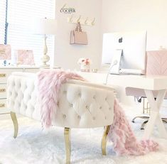 Sunset Desires – Chic Home Office Design