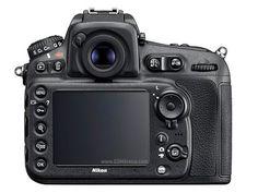 Nikon D810 DSLR Camera Review 2014