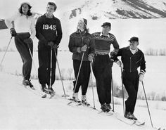 Mrs. Gary Cooper, Jack Hemingway, Ingrid Bergman, Gary Cooper and Clark Gable at Sun Valley Ski Resort, 1946