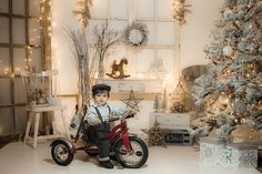 Vintage White Christmas photography ideas from Happy Thoughts Studio Christmas Photo Booth, Christmas Backdrops, Christmas Portraits, Christmas Photo Cards, Christmas Decorations, Christmas Mini Sessions, Christmas Minis, Christmas Baby, Vintage White Christmas
