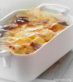 Jeg kjenner ei herlig dame som heter Olga og hun har lært meg å lage nydelige fløtegratinerte poteter. Idag deler jeg oppskriften m...