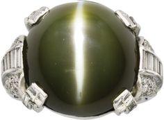 Art Deco Cat's Eye Chrysoberyl, Diamond, Platinum Ring.