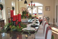 "christmas kitchen decor (designed by Carolyn Mauro ""Establo Design"" - establodesigns@me.com) Stouffville Ontario."