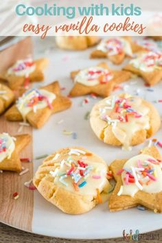 These yummy vanilla cookies are simple to make and perfect for cooking with kids as they contain no egg (bring on cookie dough taste testing!)! Cooking with kids can be so much FUN! Learn how in this blog post. #kidgredients #cookingwithkids #baking #kidsinthekitchen #funinthekitchen #kidsbaking Egg Free Recipes, Best Cookie Recipes, Baking Recipes, Lunch Recipes, Easy Recipes, Cooking With Kids Easy, Baking With Kids, Icing Ingredients, Vanilla Cookies