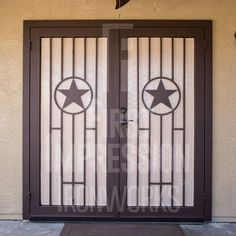 The beautiful Lonestar Iron Security Door by First Impression Ironworks. Our steel security doors are an investment that will add value to your home, since it will be custom built to your home's specifications and made from the highest quality materials. Our wrought iron is sourced here in the U.S.A., using only 100% steel. #irondoors #irondoor #homestyle #frontdoors #texas #star #FrontDoorEnvy #CurbAppeal #SecurityDoor #SecurityDoors #MadeInUSA