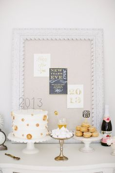 Gorgeous Last-Minute New Year's Eve Decorations | StyleCaster