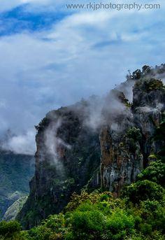 Pillar Rocks , Kodaikanal , India #tamilnadu #rock #cloud #sky #photography #travel #blog #photo #hill #mist