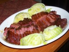Corned beef for st pattys day. I worked at a very popular Irish Pub in St. Louis some 20 years ago. The chef at that time shared this wonderful recipe with me. Corn Beef And Cabbage, Cabbage Recipes, Roasted Cabbage, Corned Beef Recipes, Corned Beef Brisket Oven, Dutch Oven Corned Beef, Meat Recipes, Yummy Recipes, Cake Recipes